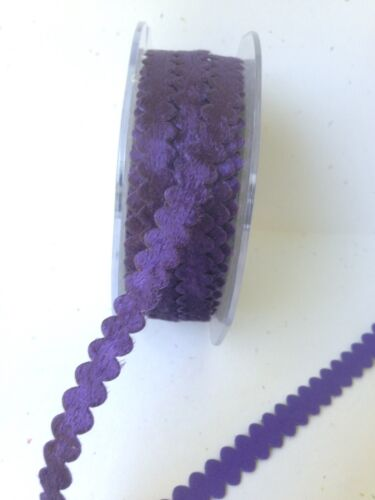 May Arts MS87 3//8 inch velvet ric rac ribbon Purple 5 yards