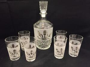 654a0320c95b VINTAGE CERVE CUT GLASS FROSTED DECANTER WITH 6 SHOT GLASSES ITALY ...