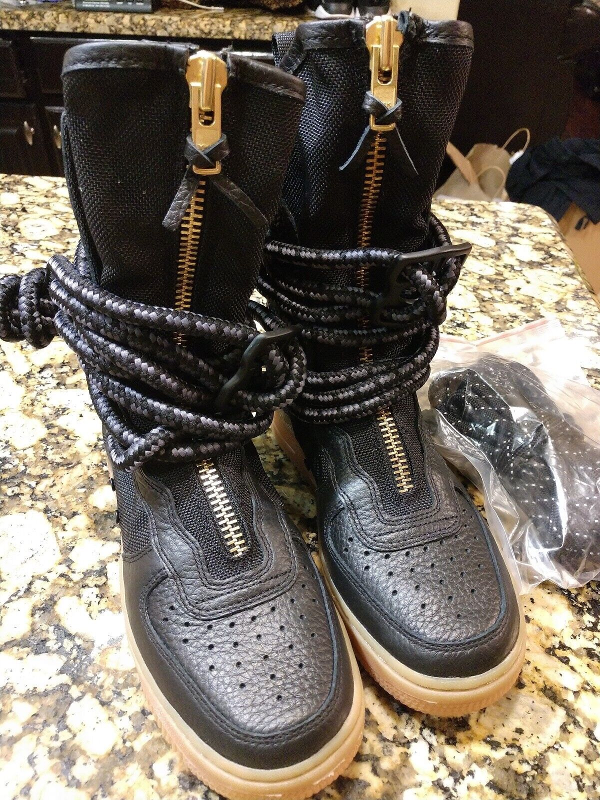 Nike SF AF1 Air Force 1 High Special Field shoes Black AA3965-001 Women Size 5