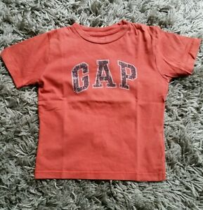 T-shirt-GAP-taille-4-5-ans