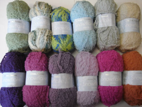 5 x 25g Balls of Sirdar Snowflake Chunky Wool/ Yarn for Knitting and Crochet