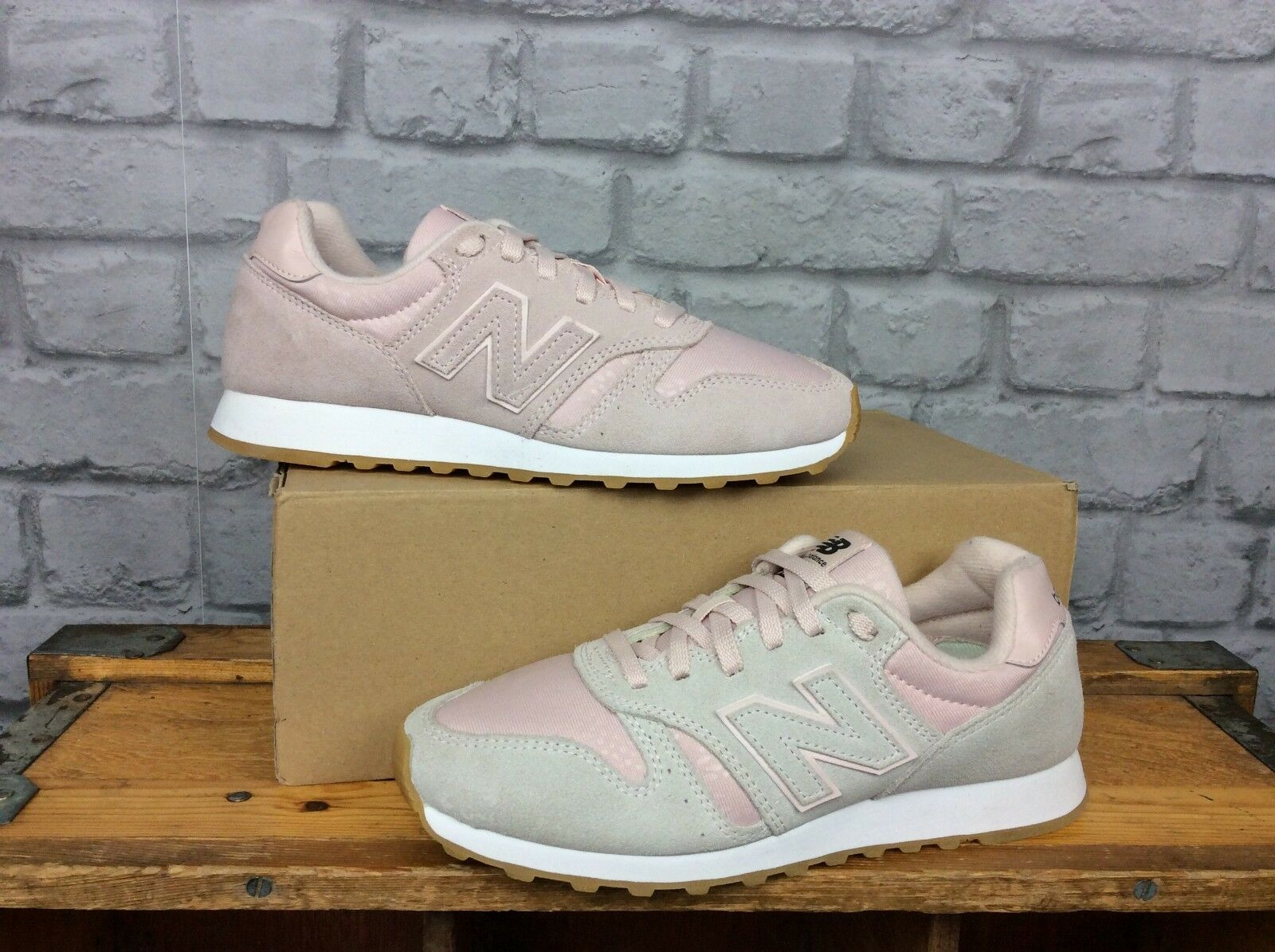NEW BALANCE 373 LADIES PINK WHITE TRAINERS SUEDE