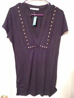 Maurice's Black Top With V-neck - Size Medium -msrp $29 - Gorgeous