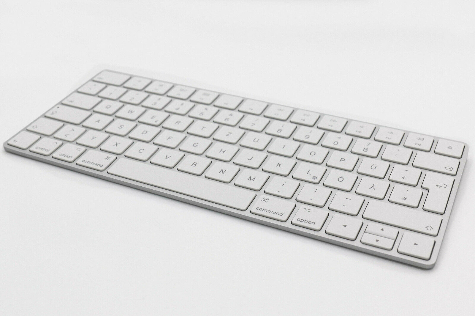Apple Magic Keyboard Tastatur Kabellos Bluetooth Silber
