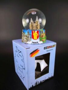 Esfera-de-nieve-Treveris-dom-snowglobe-Germany-souvenir