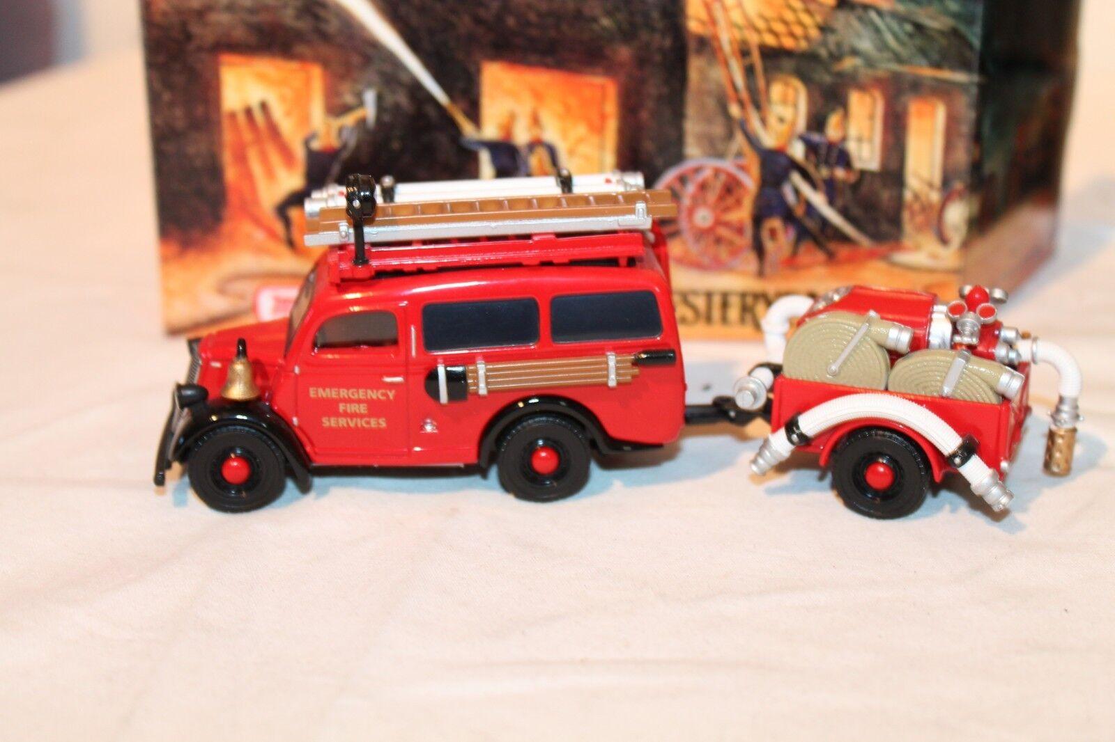 Matchbox Matchbox Matchbox YFE-18 1950 Ford E 83 W Fire Services Pumper Van & Trailer 9b6045