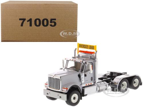 International HX520 Day Cab Tandem Tracteur Gris 1//50 par Diecast Masters 71005