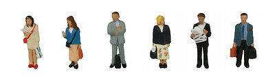 Station Passengers (x6) - Graham Farish 379-304 - N Painted Figures - Free Post