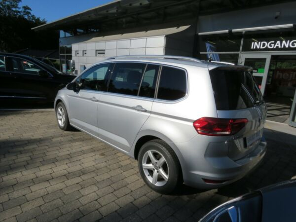 VW Touran 2,0 TDi 150 Highline DSG 7prs - billede 2