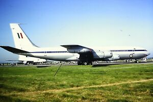 2-253-2-Boeing-707-Australian-Air-Force-Kodachrome-SLIDE