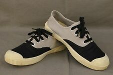 KEEN Size 7 Womens Black and Grey Maderas Oxford Lace Up Casual Shoes