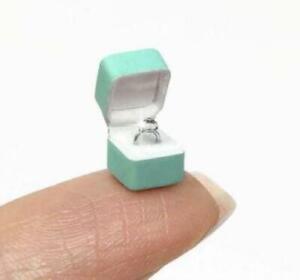 1:12 Dollhouse Miniature Diamond in Box// Jewelry IBM JEW012