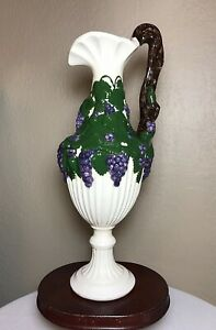 Vintage-1970-Arnels-Ceramic-Cascading-Grapes-Pitcher-Decanter-Signed-Jean-14-034