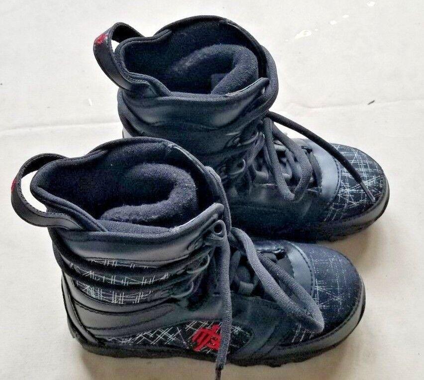 Snowboard Boots Size 6 - Millenium 3 Militia Junior Kids Winter waterproof boots