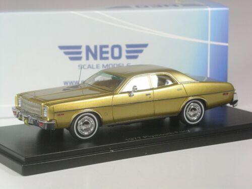 NEO SCALE MODELS Plymouth Fury 1977 oro metallizzato in 1:43 IN SCATOLA ORIGINALE CLASSE
