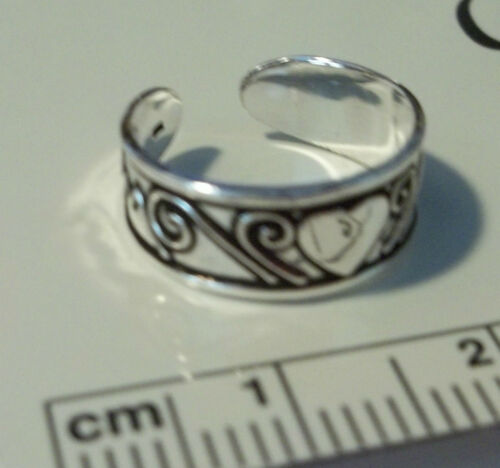 Sterling Silver Heart and Swirl Toe 5mm wide Ring Adjustable
