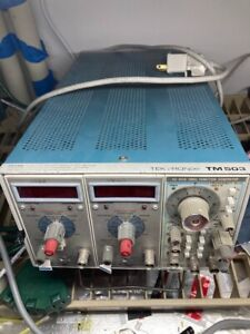 Tektronix TM503 3-slot Mainframe with 2 Tektronix DC504 Frequency Counter Timers