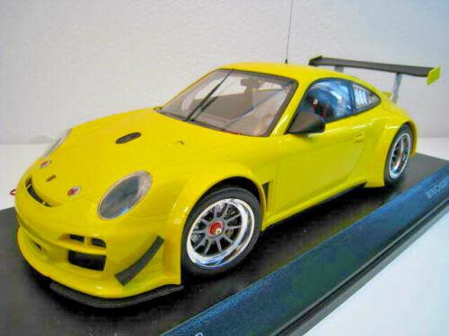 Porsche 911 GT3 R in gelb Limitiert auf 1.002 Stück  Minichamps  1:18  NEU  OVP