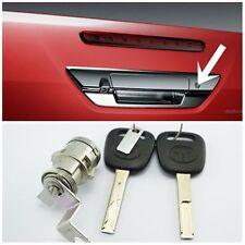 BACK DOOR LOCK 69055-0K040 690550K040 Genuine Toyota CYLINDER /& KEY SET