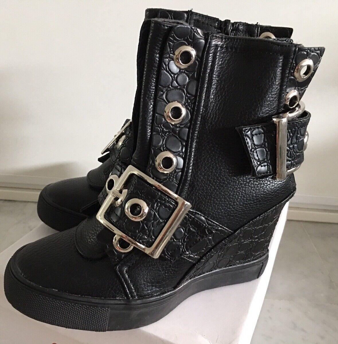 TRENDY baskets Boots Noir Semi Compensées Décoration Boucle Argentée T 36