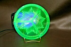 Vintage-Green-Vaseline-Glass-3-Section-6-5-034-Divided-Dish-Glows-Bright-in-UV