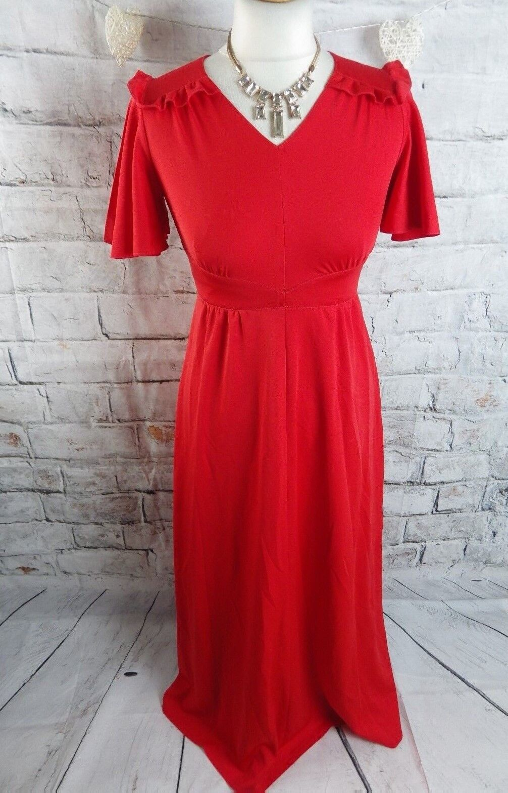 Vintage 70s maxi dress 8 10 petite P bust 34  red elegant party flattering long