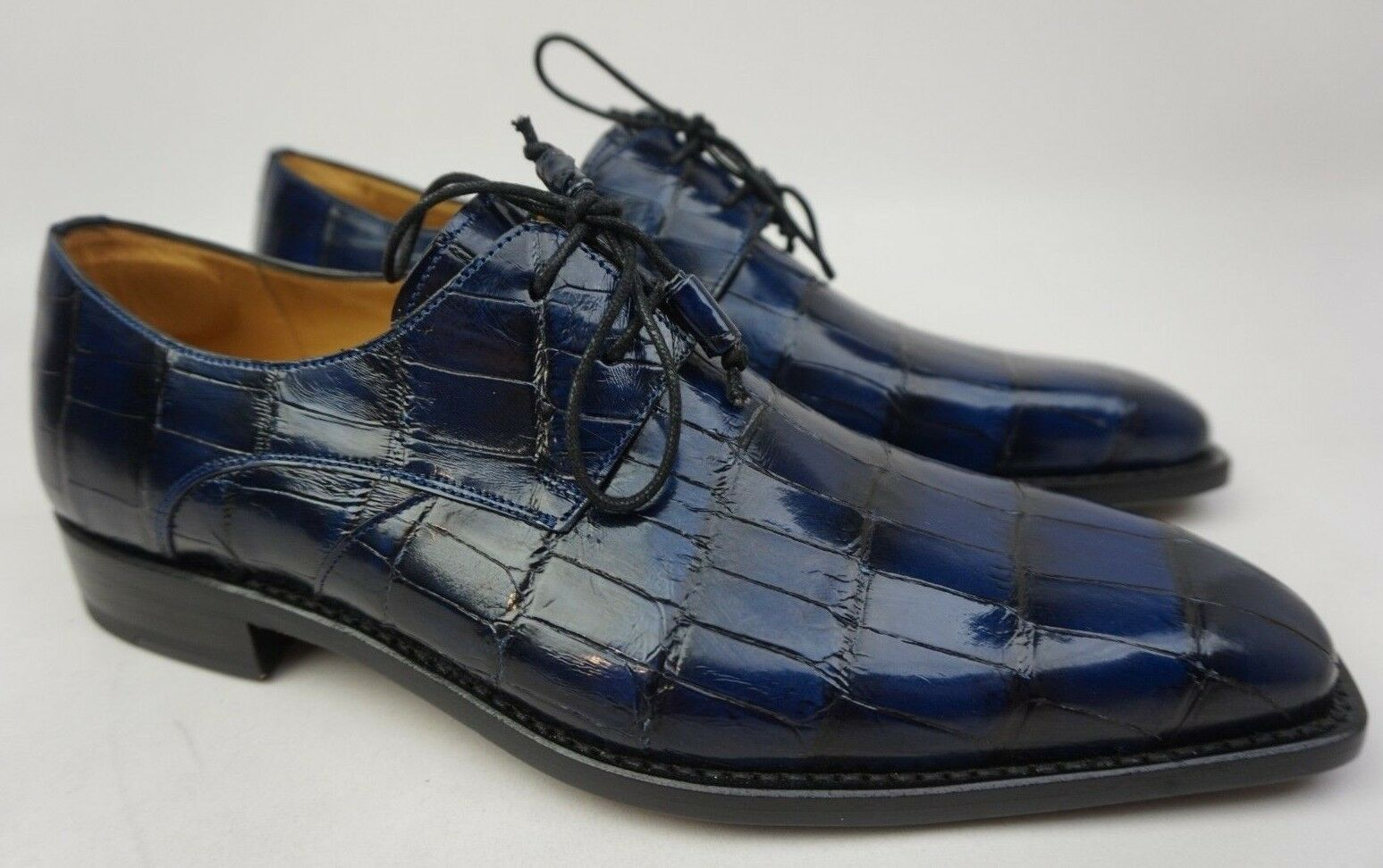 Mezlan Grillo Derby Oxford Genuine Alligator bluee Men's shoes Size 9 M NEW