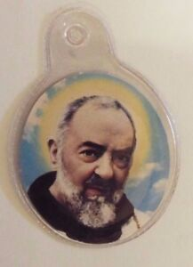 Saint-Padre-Pio-3rd-Class-Relic-Encased-in-Plastic-New-From-Italy