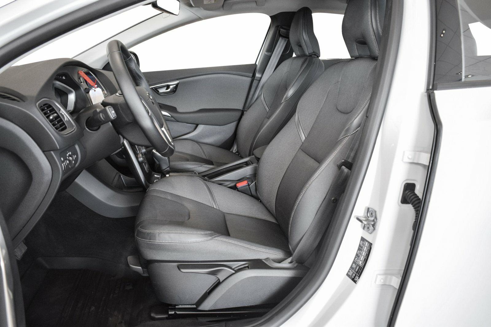 Volvo V40 CC 2,0 D3 150 Momentum aut. - billede 6