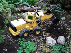 Vintage-Mighty-Tonka-Front-End-Loader-Pressed-Steel-Toys-Collectibles
