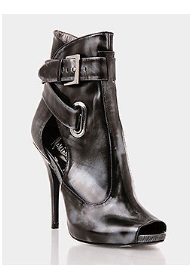 NIB MARCIANO GUESS VEERA ANKLE Stiefel schuhe Größe 11    LAST PAIR