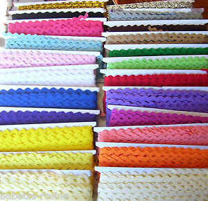 1-50-m-de-RUBAN-GALON-CROQUET-ZIG-ZAG-SERPENTINE-5-mm-Couture-Scrapbooking