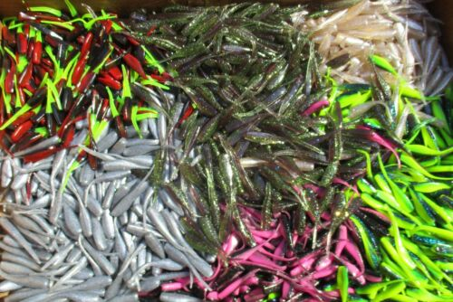 """50 ct Assortiment Mélange 2/"""" Stinger SHAD Grubs marigane Fishing Lures Carquois Queue"""