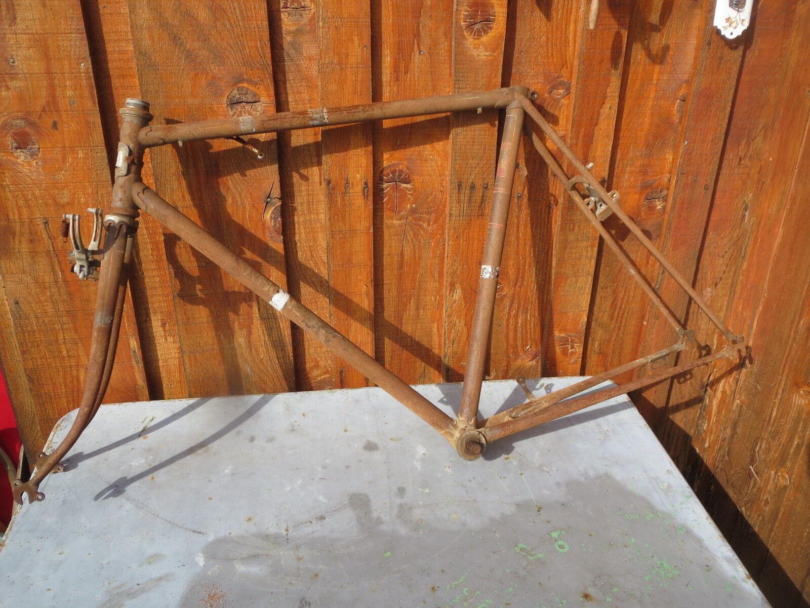 Alt Rahmen Rennen Wanderer Velo alt altes Fahrrad französisch Starrlauf Fahrrad