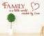 X4585-Wandtattoo-Spruch-Family-is-a-little-world-by-Love-Sticker-Wandaufkleber Indexbild 1