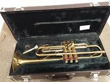 Vintage Artcraft Brass Trumpet with YAMAHA Hard Case & Mouthpiece