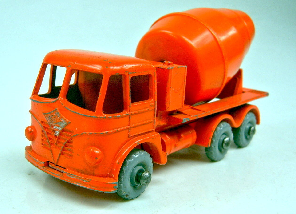 Matchbox RW 26b FODEN CEMENT Mixeur approximative grisE roues bon état