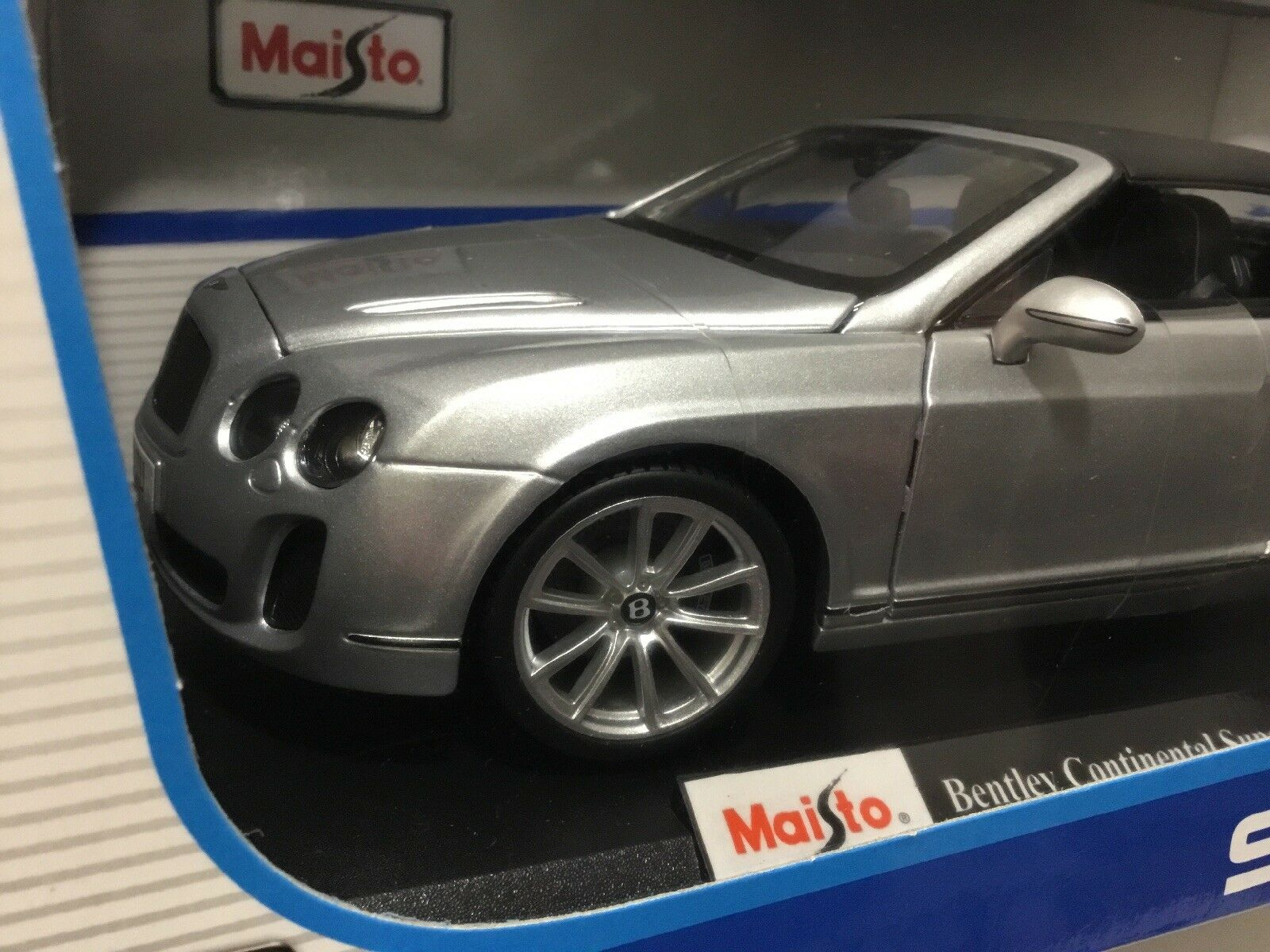 Bentley Continental Supersports Congreenible - - - 1 18 Maisto DIECAST - Very Classy  aa0e02