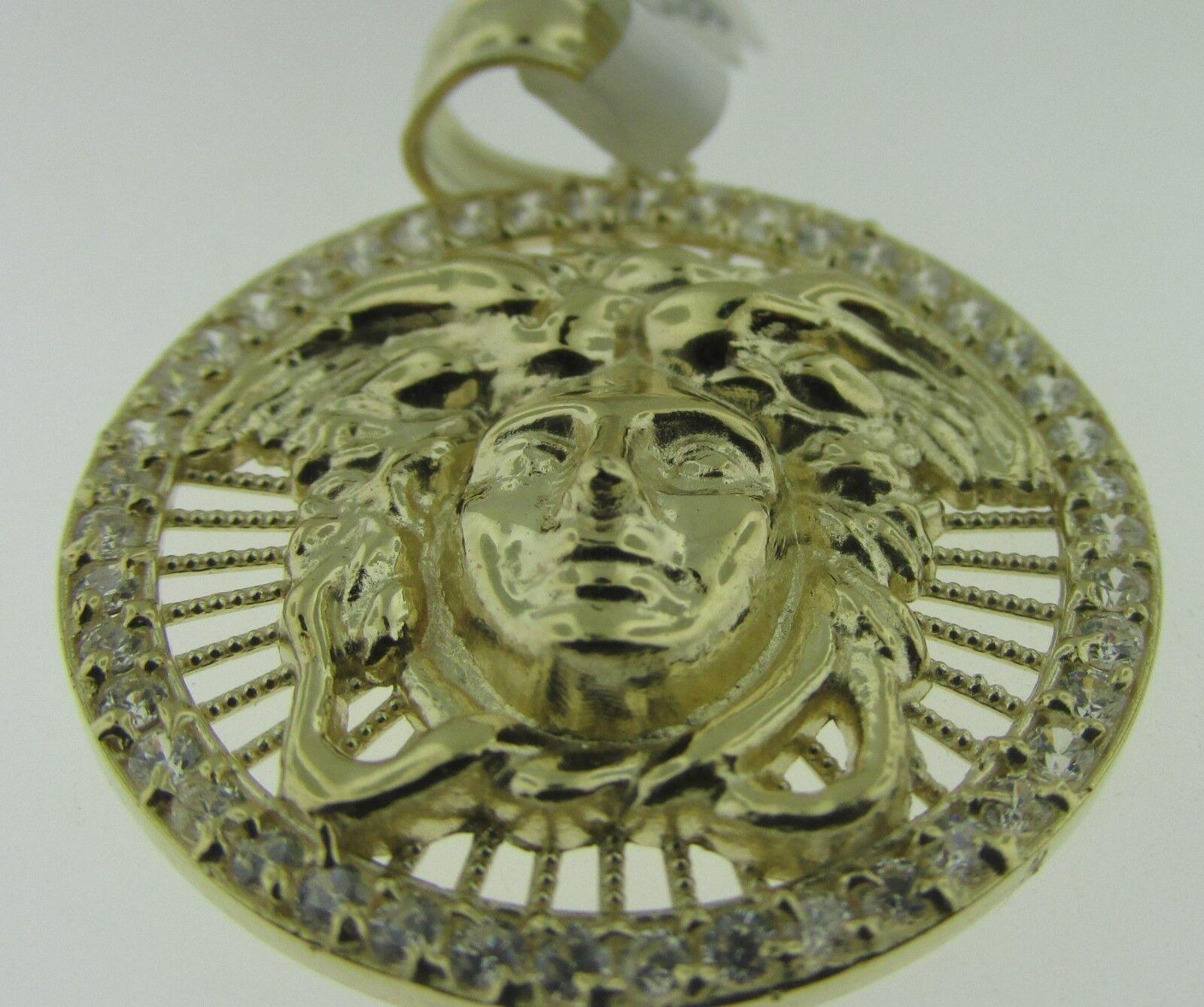 10kt Yellow gold CZ Medusa Head Medallion Charm Pendant 1.35  3.8 gms