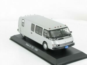 1-43-IXO-Vixen-21-TD-caravane-camping-car-35