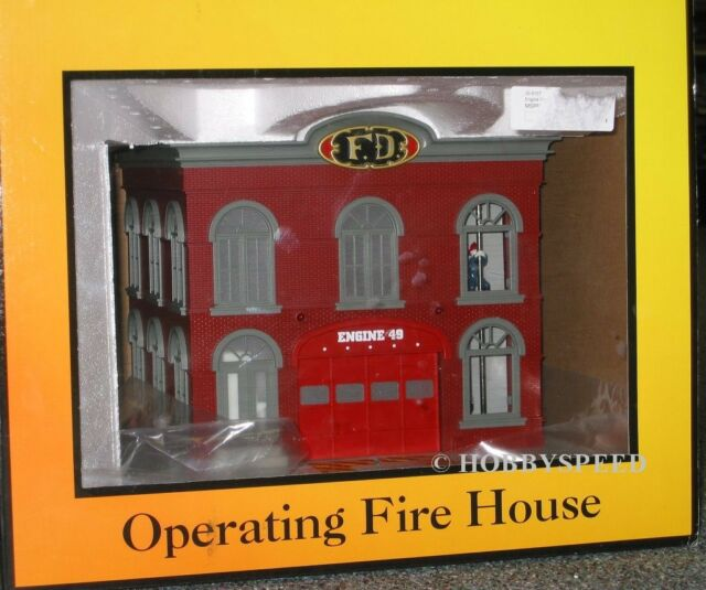 MTH OPERATING ENGINE CO 49 FIREHOUSE o gauge train building firemen dog 30-9157