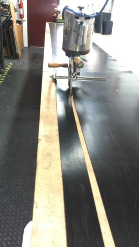 "Neoprene Sheet Rubber Strip 3//16/"" Thk x 5/"" W x 30 Foot 1-pc Roll 60 Duro"