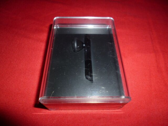 a9ff2d84493 Genuine Original Collectible Brand New Apple iPhone Bluetooth Headset (MB536LL/A)