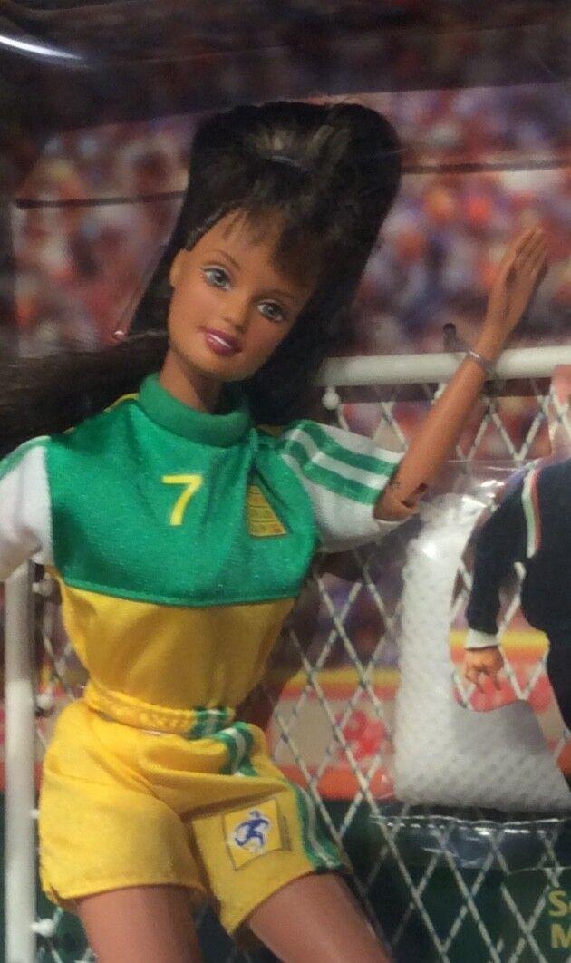 1998 Soccer Football Teresa doll NRFB Barbie Fifa's Damens