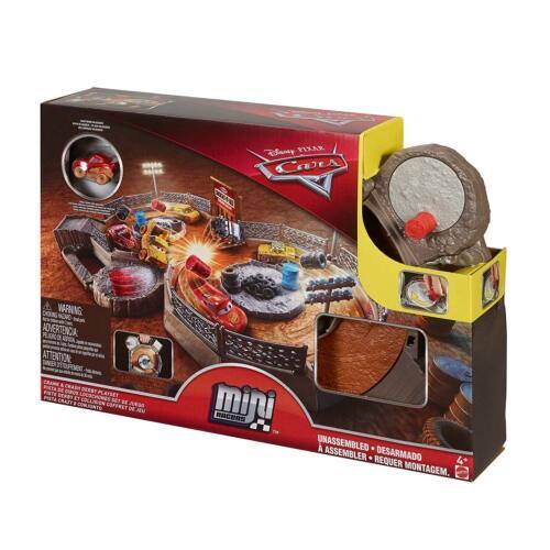 Crash Derby Playset incl Saetta McQueen DISNEY Pixar Cars MINI RACERS Manovella