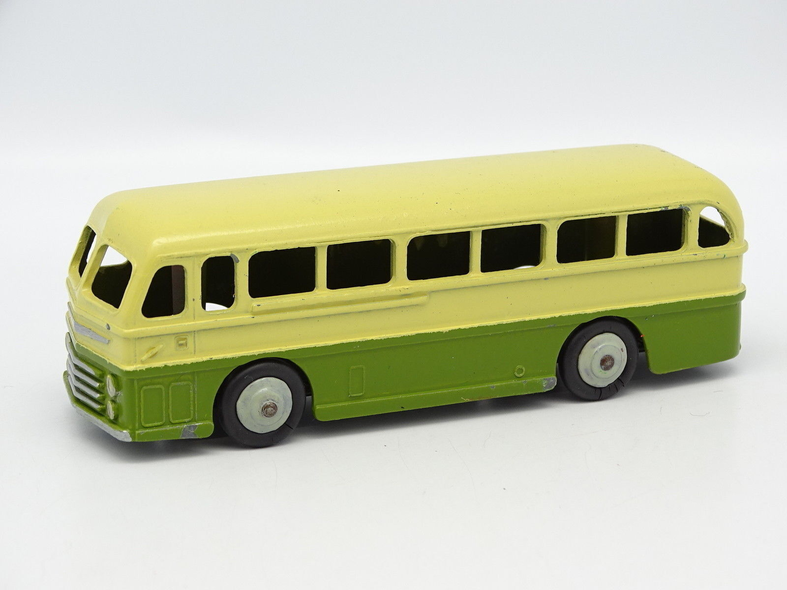 Dinky Juguetes GB 1 43 - Duple Roadmaster Leyland Royal Tiger