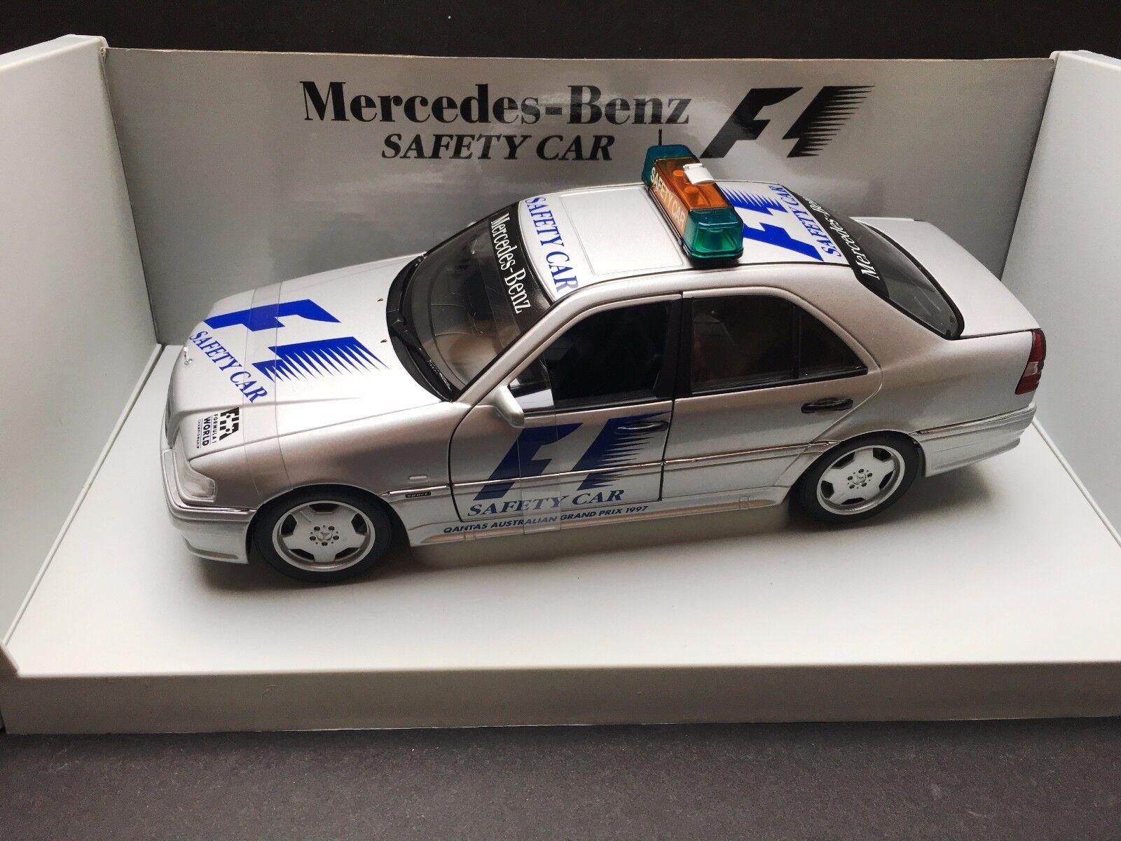 Universal Hobbies - Safety Car -Mercedes AMG C Class - 1 18 -1997 -Australian GP