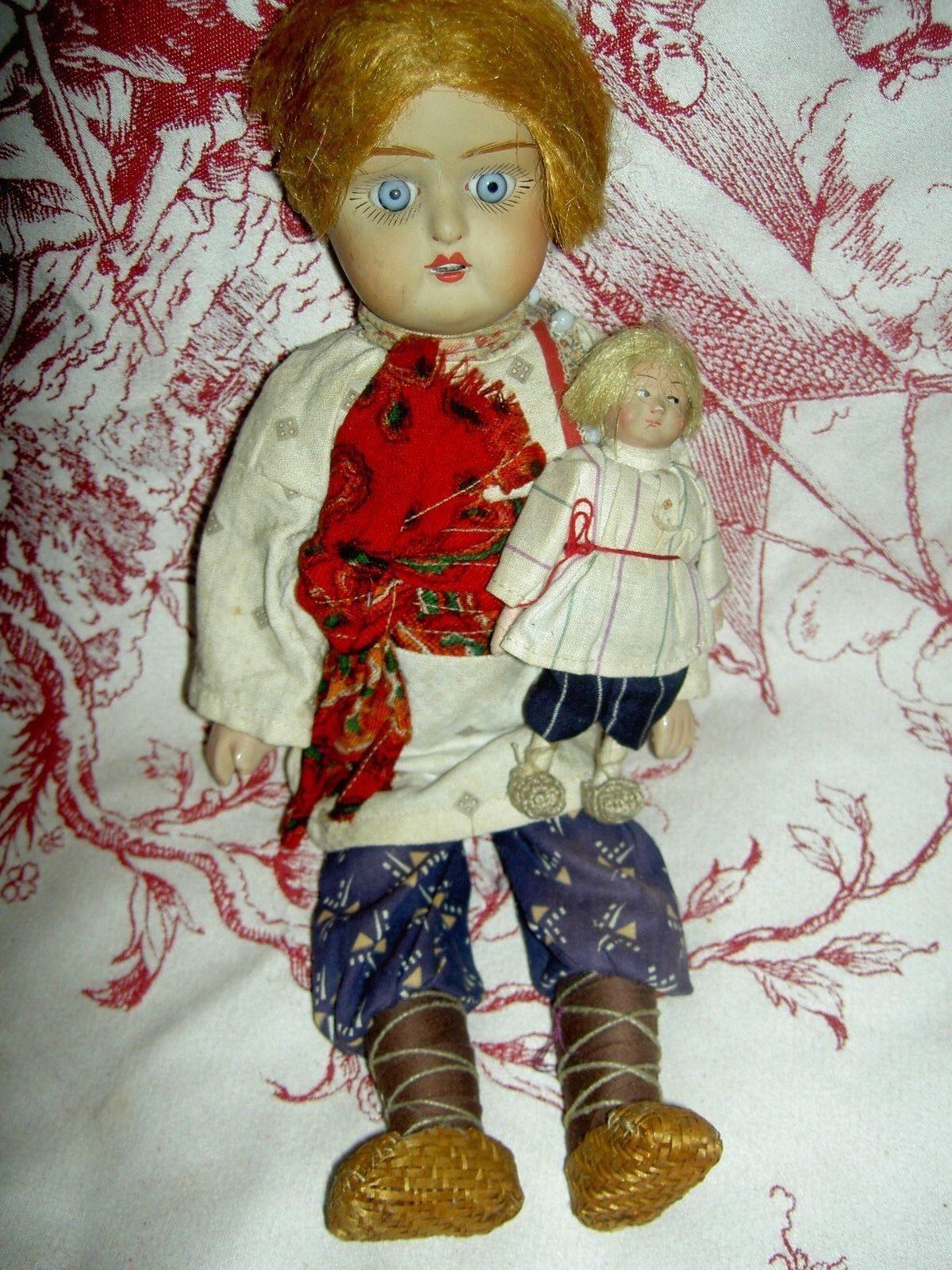 Antiguo Biscuit sockethead ruso BOY muñecas c1920s en trajes maravilloso Orig.