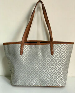 NEW-TOMMY-HILFIGER-SILVER-GRAY-OFF-WHITE-SHOPPER-SATCHEL-TOTE-BAG-PURSE-85-SALE