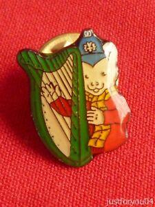 Official-Rupert-Bear-Playing-His-Harp-Enamel-Pin-Badge